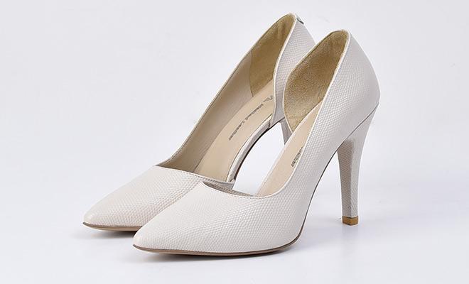 کفش J2410